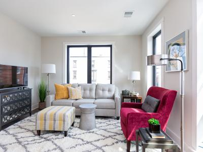 Walnut Street Commons Living Room